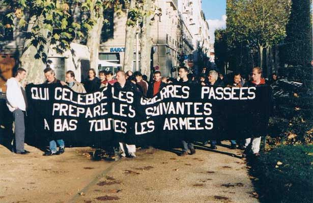 1706Antimilitarisme